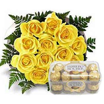 16 pieces  ferrero rocher chocolates with 12 yellow roses bouquet